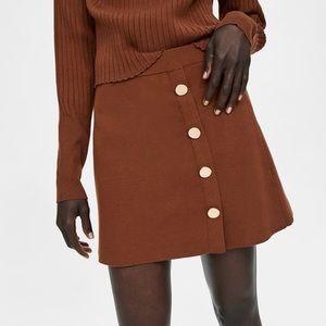 ZARA   NWT Brown Knit Button Mini Skirt Size Medium